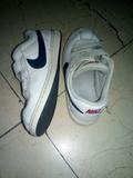 Zapatillas con Velcro 32