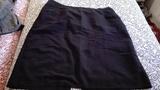 Falda negra bolsillos Talla 56