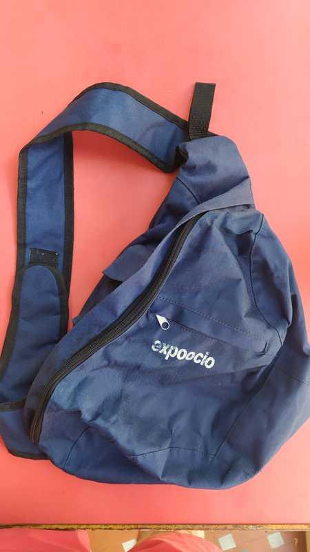Regalo mochila bandolera azul