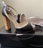 Zapatos tacón, de piel