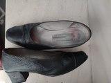 Zapatos de piel Talla 34